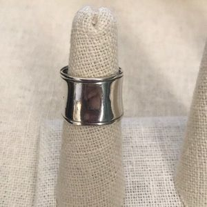 Silpada .925 sterling silver ring size 6.5